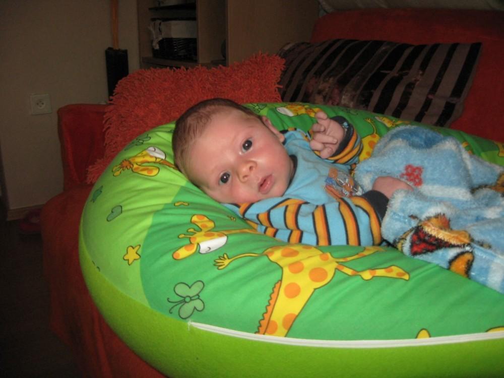 Rita - Dojčiaci vankúš Matýsek, žirafa zelená colormix